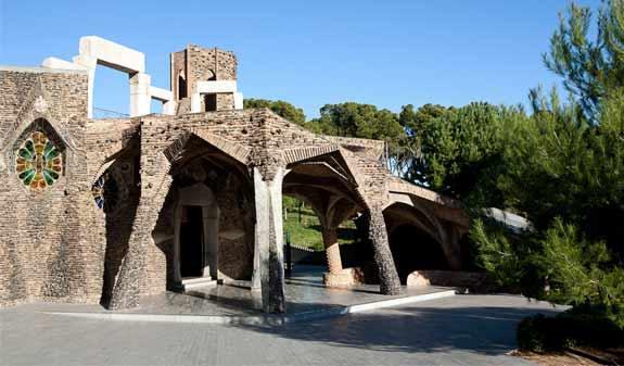 Cripta Gaudi Barcelona